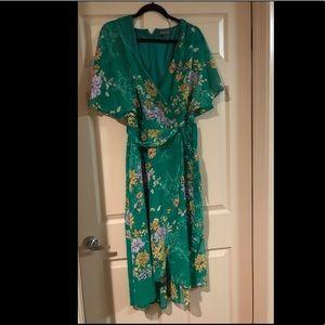Beautiful green flower dress. Luxology